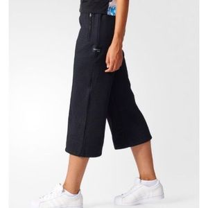 Adidas 7/8 Sailor Pants NEW